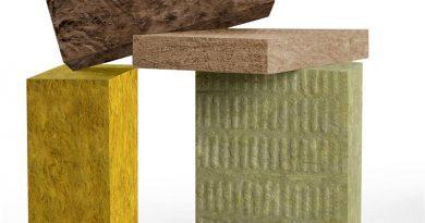 Mineralwolle wird überwiegend aus recycelten oder natürlichen, ausreichend verfügbaren Rohstoffen hergestellt. Produkte aus Glas- oder Steinwolle sind damit ebenso umweltfreundlich und leicht zu verarbeiten wie Holz. Bild: FMI Fachverband Mineralwolleindustrie e.V.