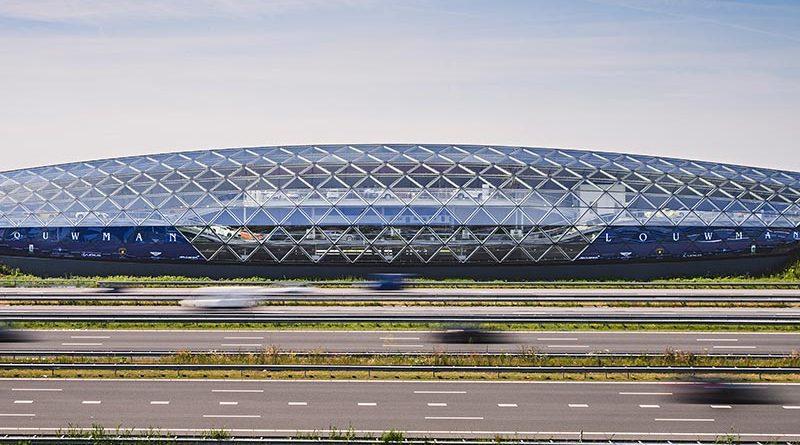 Der flexible Randverbund mit dem Dichtstoff Ködispace 4SG ermöglicht maximale architektonische Freiheit. Bild: Kömmerling Chemische Fabrik