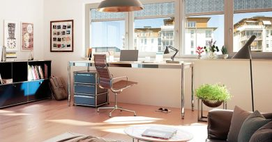 Einen blendfreien Sicht- und Hitzeschutz schafft der heroal VS Z im Arbeitszimmer. Foto: heroal