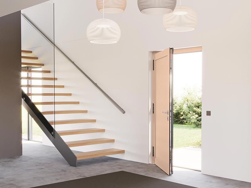 Die heroal Les Couleurs Le Corbusier Haustür besticht durch modernes Design in Kombination mit einer besonderen Farbgebung – auf Wunsch innen und außen unterschiedlich. Bild: heroal