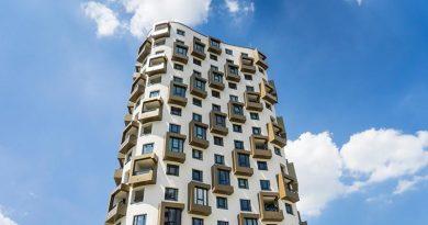 """Gebäude """"Isarbelle"""" in München-Obersendling. Bildquelle: Fa. Raico"""