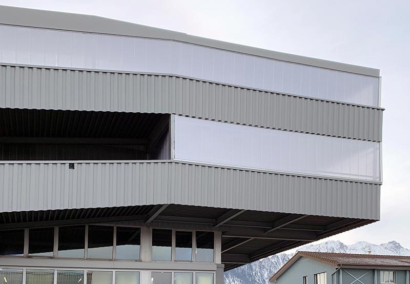 Das Lichtbauelement PC 2333-30-6 bietet Architekten und Planern viele Möglichkeiten für die Gebäudegestaltung. Foto: Neomat AG