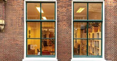 """Das Vakuumglas """"Fineo"""" verwandelt sogar alte Sprossenfenster in Energiespar-Weltmeister – und die schönen Holzprofile und Fensterrahmen bleiben erhalten. Foto: Fineoglass"""