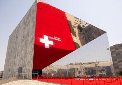XXXL-Vorhang aus nicht-brennbarer Fassadenmembran für Schweizer Pavillon